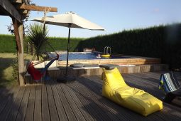 Surf Lodge Accommodation & Surf School near Hossegor