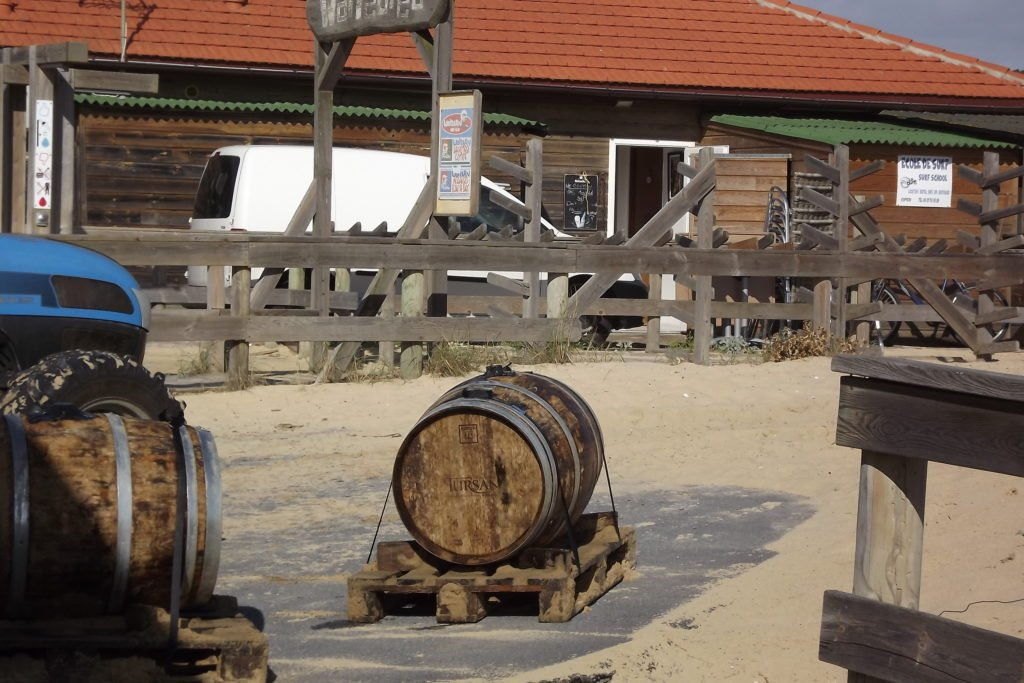 Tursan Under Messanges Beach
